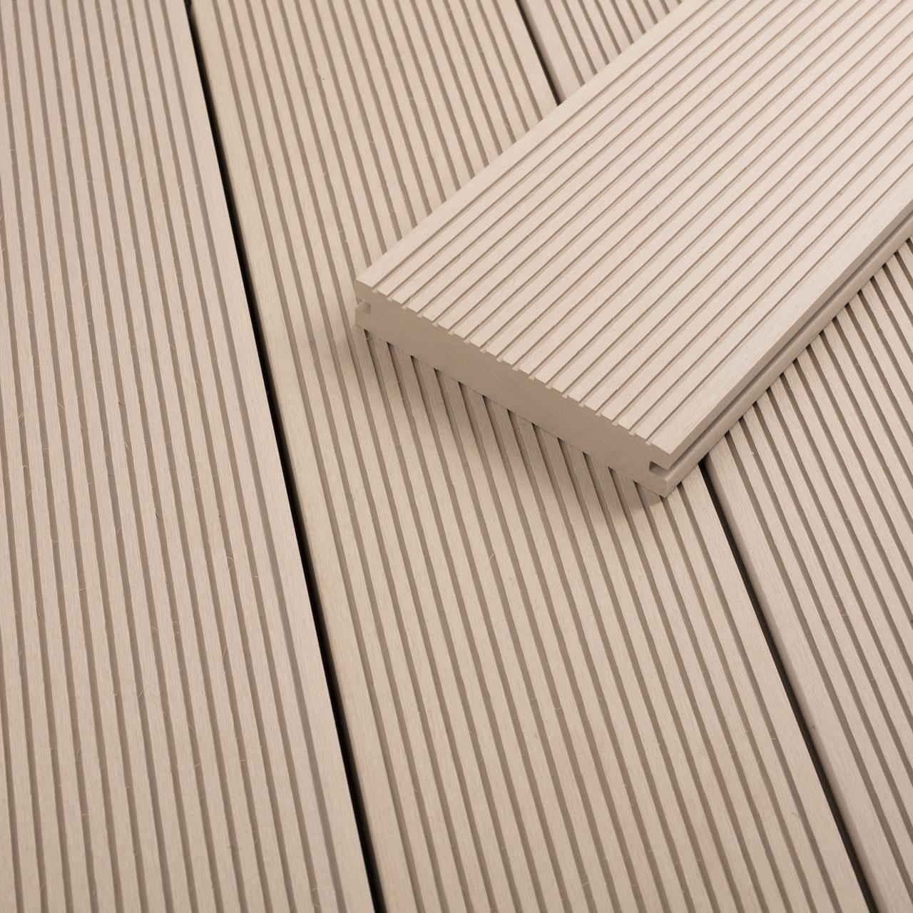 FANO WPC Terrassendiele massiv Elfenbein, glatt / fein gerillt