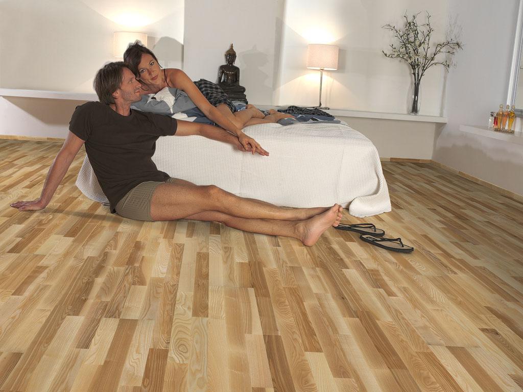 107604-Monarch-Herzog-Esche-Standard-lackiert_-Schlafzimmer