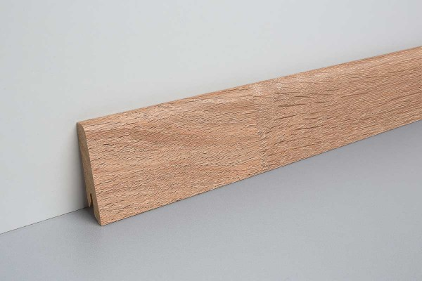 Laminat Sockelleiste foliert mit MDF-Kern Bardolino Eiche 17x60x2400mm