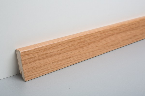 Sockelleiste furniert MKF 40 Eiche lackiert 16x40x2500mm