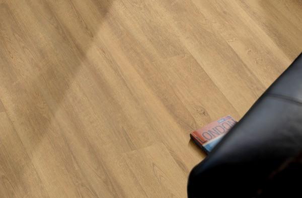 VinClic Vinylboden Landhausdiele Eiche saegerau